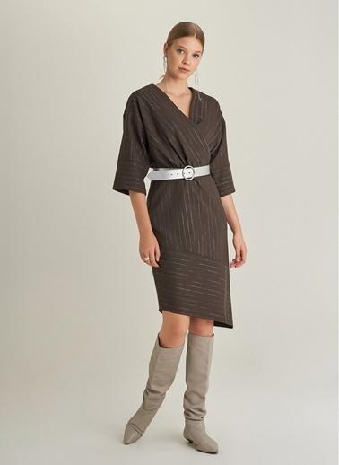 Monamoda Çizgili Asimetrik Elbise Haki
